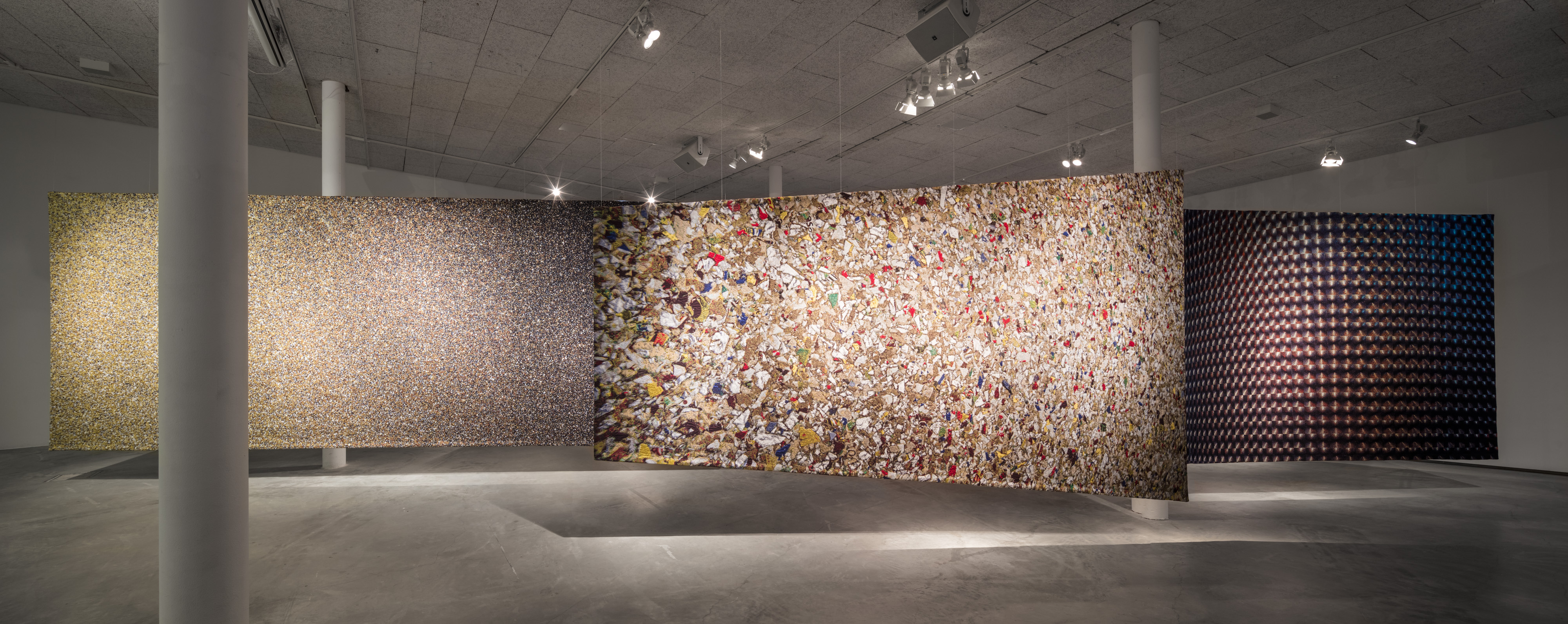 Miriam Bäckström, New Enter Image, utställningsbild 2017-2018. Foto: Jean-Baptiste Béranger